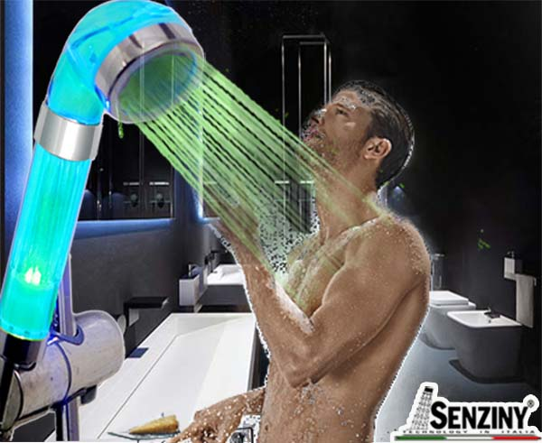 men-led-senziny-shower